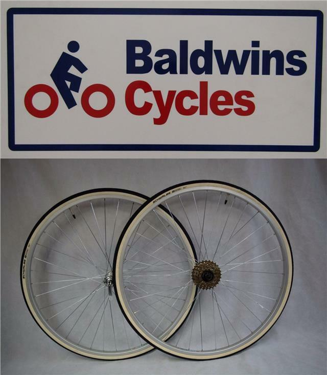 27  x 1 1 4 PAIR Q R Bike Wheels + Premium White Wall Tyre's & 5 Speed Freewheel