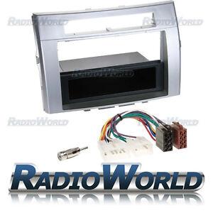 Toyota-Corolla-Verso-04-09-Radio-Fitting-KIT-Fascia-Panel-Adapter-Single-Din