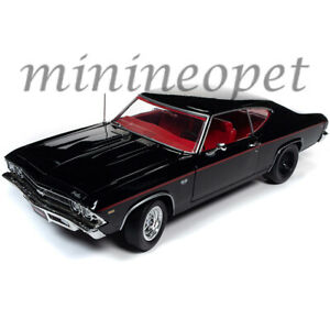 1969 CHEVROLET CHEVELLE SS 396 BLACK MCACN 1//18 DIECAST CAR BY AUTOWORLD AMM1190