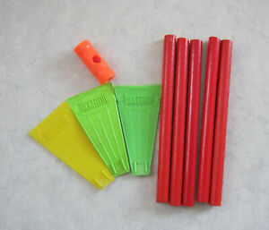 9-Piece-Vintage-Tinkertoy-Pieces-Flags-Red-Rods