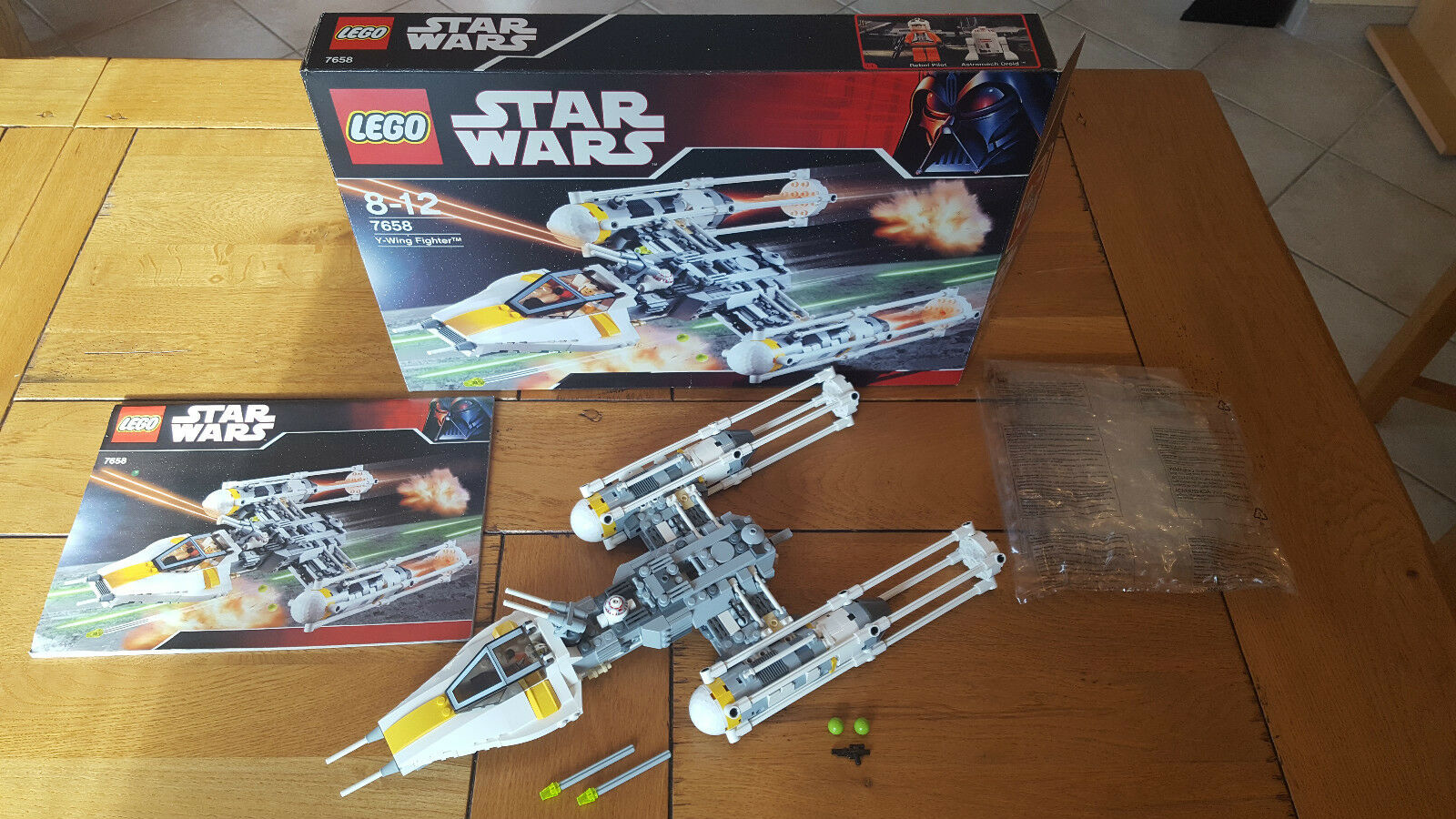 LEGO STAR WARS 7658  Y-Wing , 100% COMPLET + BOITE, COMME NEUF  RARE