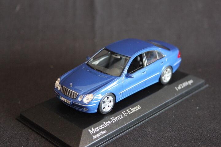 Minichamps Mercedes-Benz E-Klasse 2002 1 43 Japisbleu (JS)