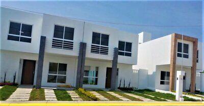 Casa con COCINA NUEVA instalada 3 Recamaras 3 banos y Bonitos Acabados