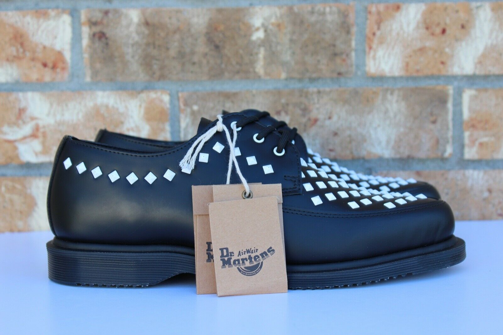Men's Dr. Doc Martens Willis Creeper Studded Leather shoes Black White AW004