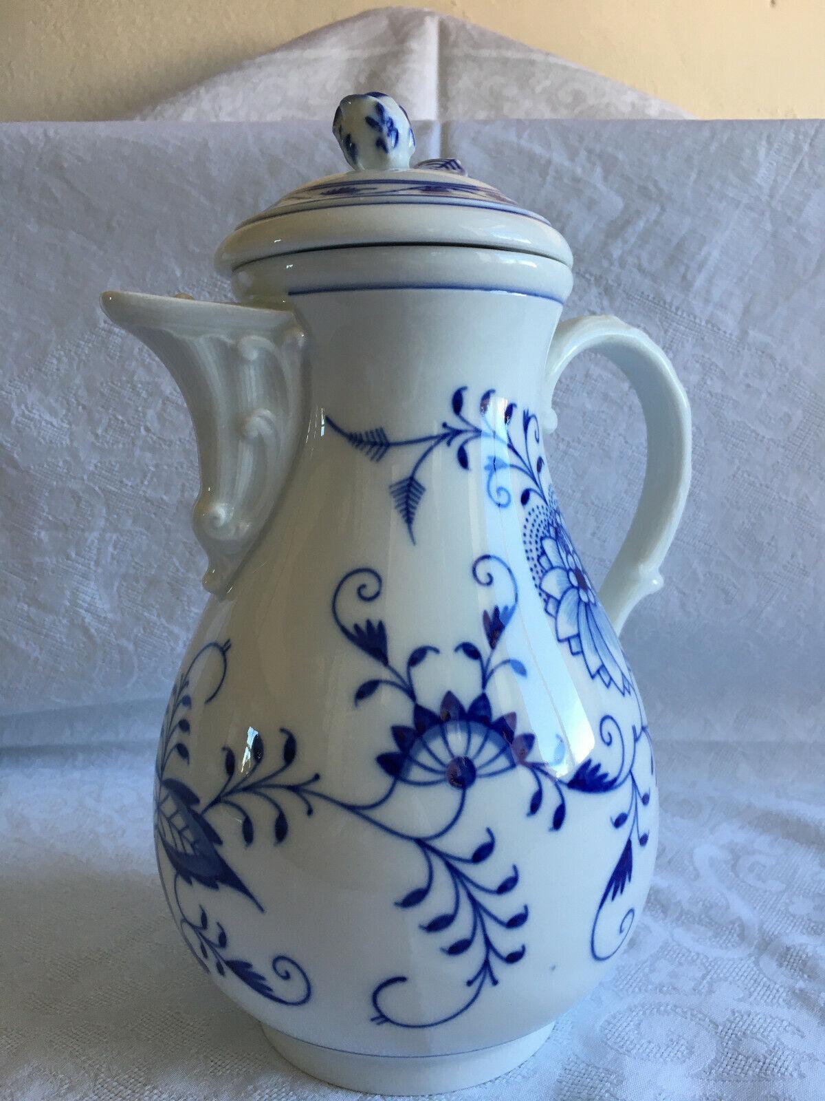 Image 1 - Meissen-Large-Coffee-Pot-Blue-Onion-1-Choice
