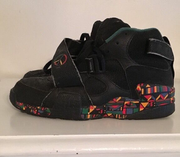 Vintage Nike Air Raid Peace 1992 Original 10.5 Live Together Play Together