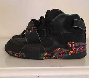 Latest Products - Vintage Nike Air Raid Peace 1992 Original 10.5 Live Together Play Together