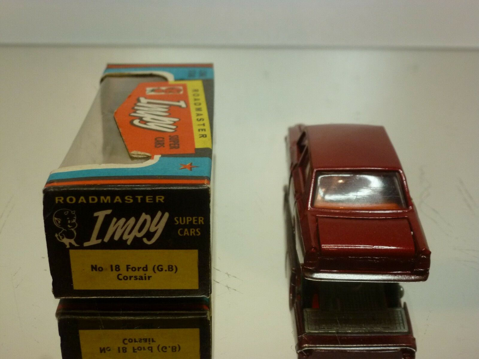 IMPY LONE STAR ROADMASTER FORD CORSAIR - - - RED 1 58 - VERY GOOD IN BOX bef0a0