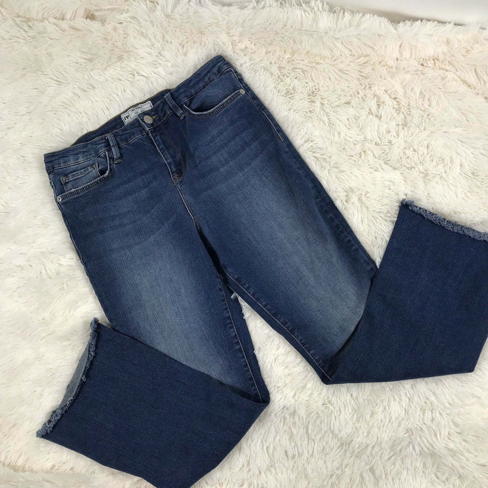 Free People Sraight Crop Raw Trim Stretch Jeans Size 31