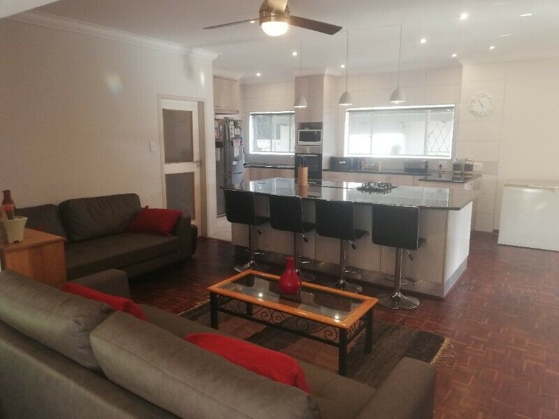 2 Bedroom House with 1 Bed Sitter Avail July 2021 Rental R11000 excl Utilities