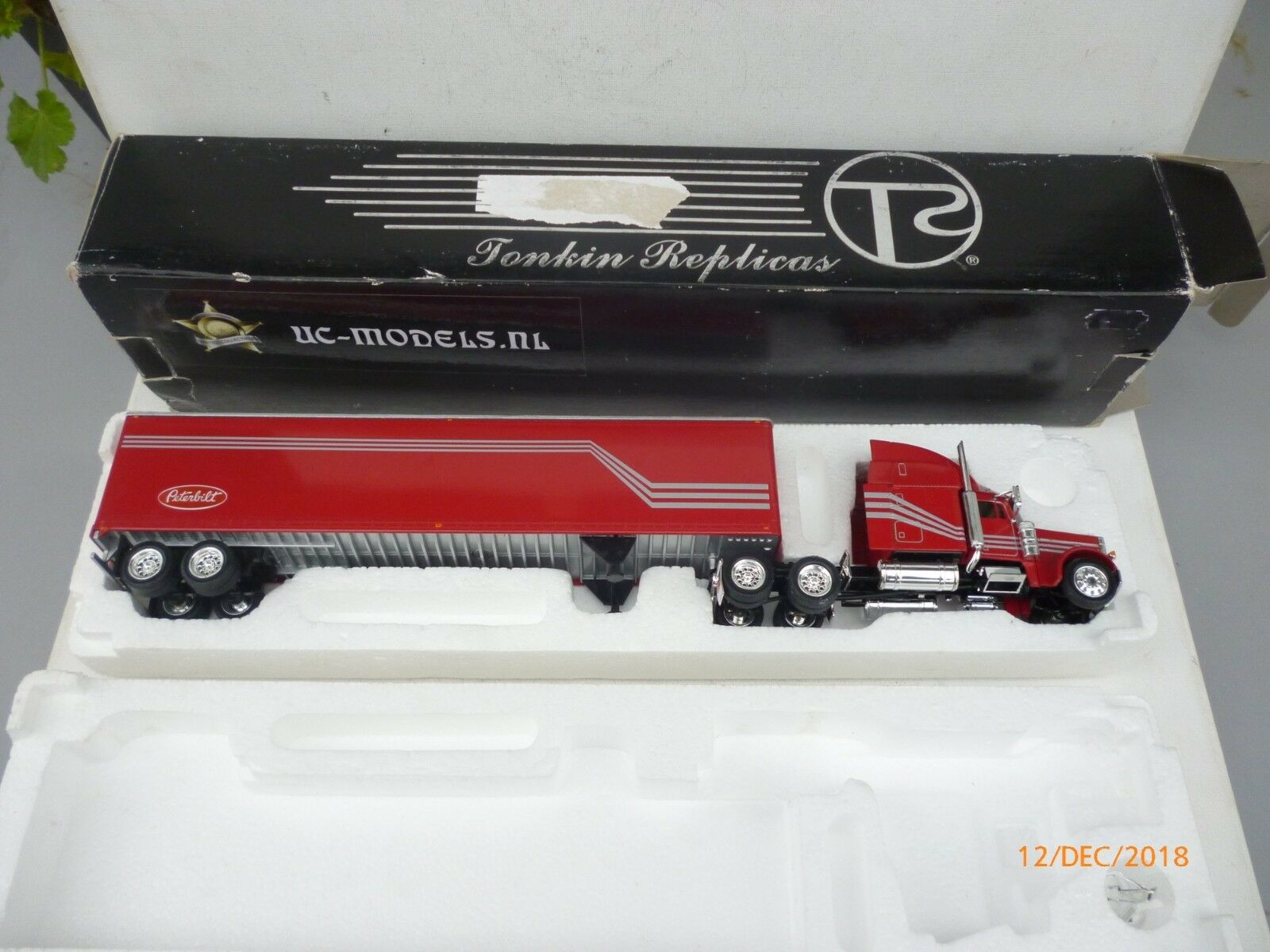 Tonkin Replicas KW 900 D-VM-S2 Peterbilt 379 w/48' Van Trailer 1:53 NM BOX