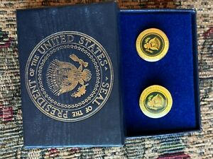 Pair of  Presidential Bill Clinton  Cufflinks   Diecast