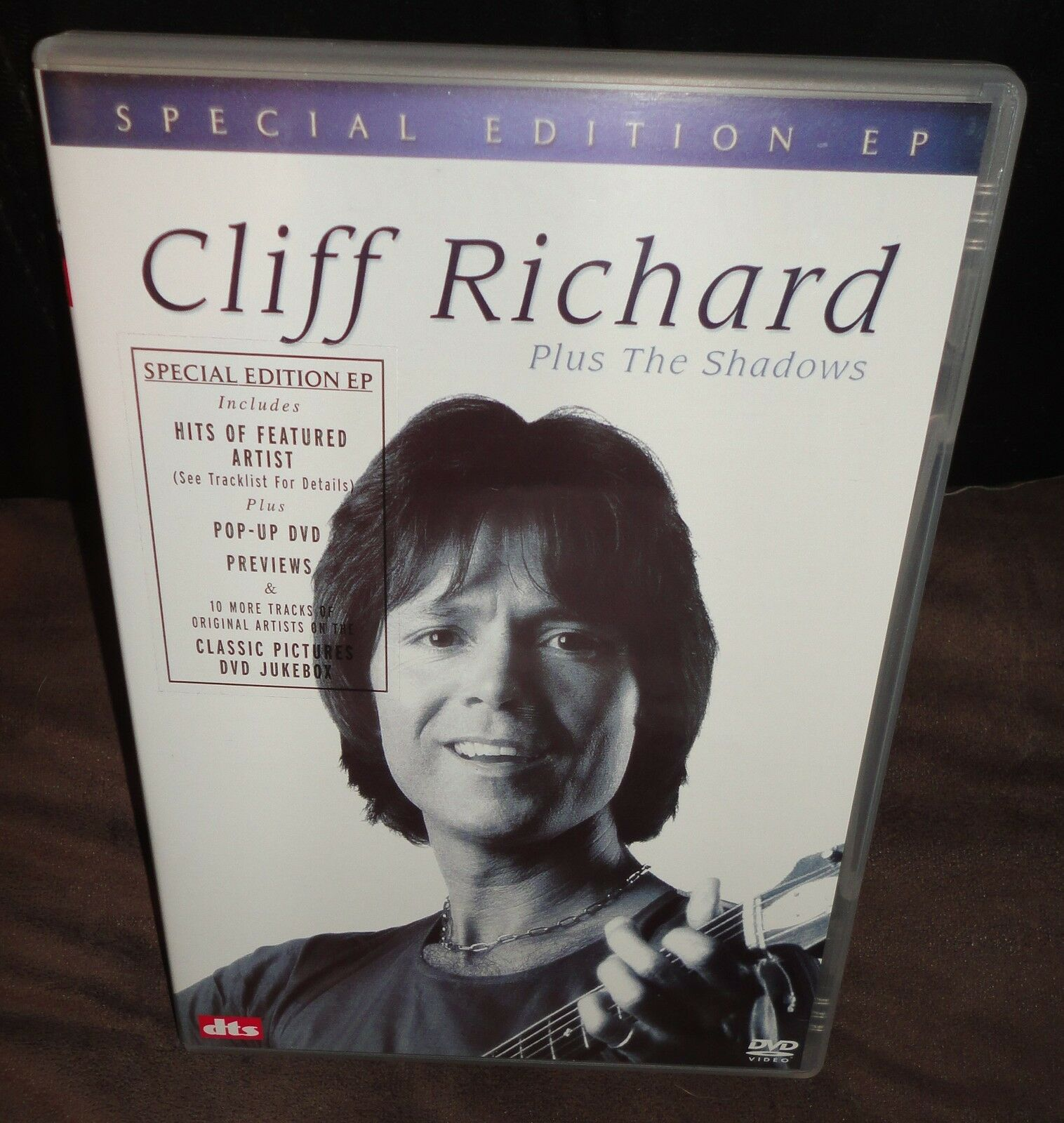 Cd album cliff richard and the shadows summer holiday special.