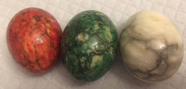 Vintage Set of 3 Alabaster Marble Natural Stone Egg Italy Red White Green