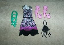 Monster High Lagoona Blue Frights Camera Action Dress, Shoes, Purse, Necklace VG