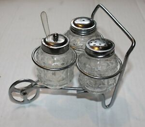 Glass Salt /& Pepper Shakers with Glass Stand SHAKERS