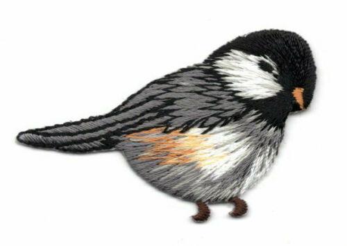 CHICKADEE FACING RIGHT Iron On Patch Birds