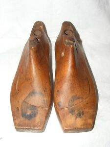 ANTIQUE-FRENCH-SHOE-LAST-FORMS-MOLDS-SHAPERS-COBBLERS-TREEN-METAL-BASE-CHILDREN