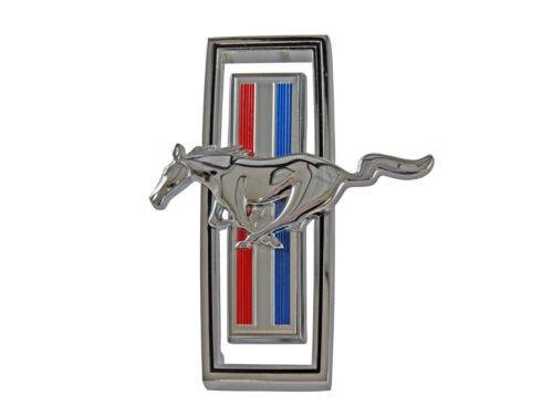 1970 MUSTANG  GRILLE EMBLEM RUNNING HORSE
