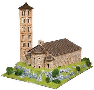 Aedes 1104. Maqueta Iglesia de Sant Climent Taull.   Briques de construction