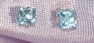 VERY-PETITE-3MM-SQUARE-SKY-BLUE-TOPAZ-925-STERLING-SILVER-STUDS-0-25-ctw