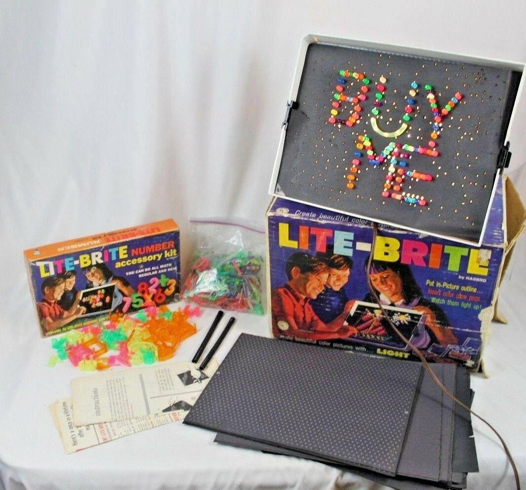 Vintage 1967 Hasbro Lite Brite & Number Accessory Kit CIB WORKS w  Pegs, Sheets