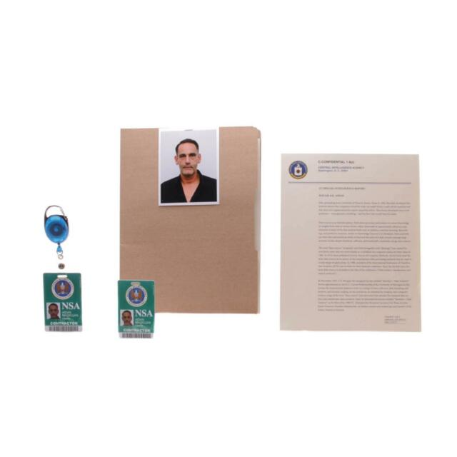 House of Cards Aidan Macallan Screen Used Pass Photo & Personnel Set