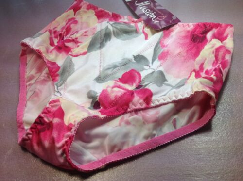 """Women Panties,Brief Bikinis/""""Ilusion/""""Size M.Silky Satin Floral W//front Protector"""