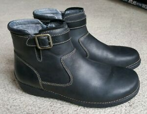 07c5b28342e Details about Duluth Trading Company 11 42 Andina Short Black Leather Side  Zip Ankle Boots