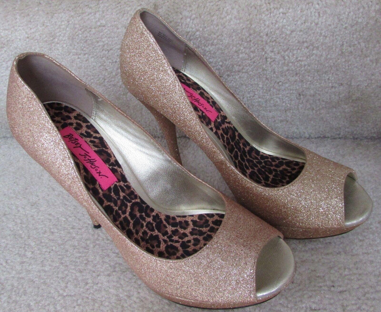 Betsey Johnson Womens Gold Glitter Platform Pumps Shoes 9M EUC
