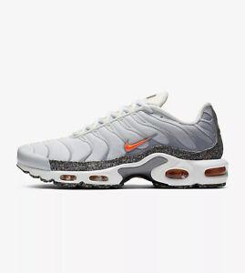 Nike-Air-Max-Plus-TN-Tuned-Bianco-Arancione-Blu-DA1500-100-EU-44-5-UK-9-5