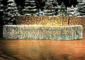 Dept-56-Snow-Village-Accessory-THREE-SISAL-HEDGES-52662-NeW-MINT-FabULoUs