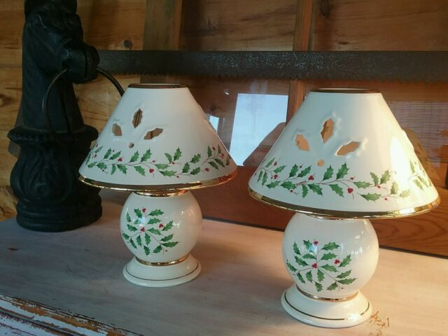 Lenox holiday holly berry fine china accent candle lamps with nib set of 2 lenox home for the holidays tea light candle lamps beautiful gift aloadofball Gallery