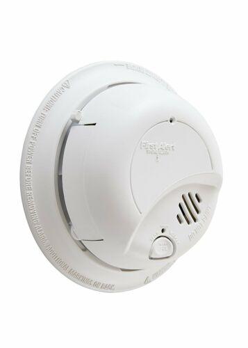 10 year battery backup hardwired alarm First Alert dual sensing smoke alarm