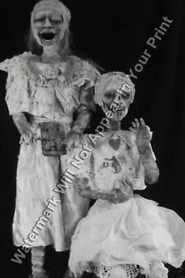VINTAGE ODD STRANGE FREAKY Weird Mummy BIZARRE SPOOKY Reprint Photo RARE A135