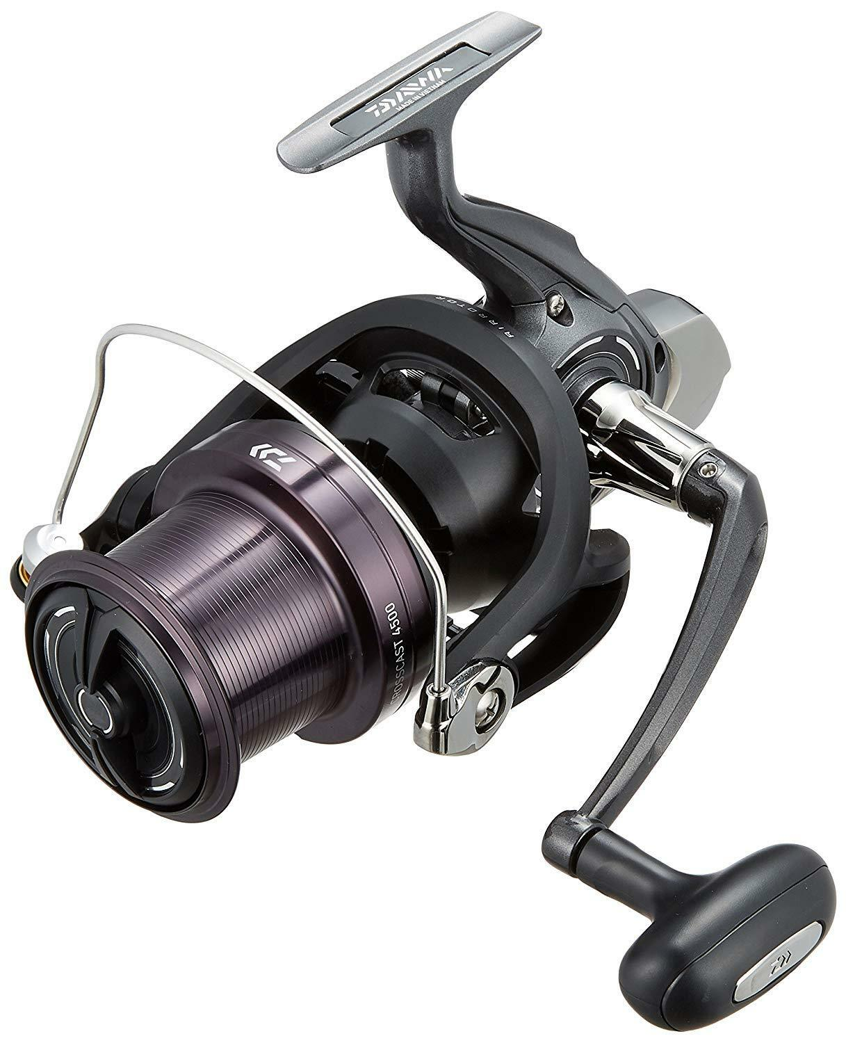 Daiwa 17 CROSSCAST 4500 Spininng Reel SURF CASTING from Japan