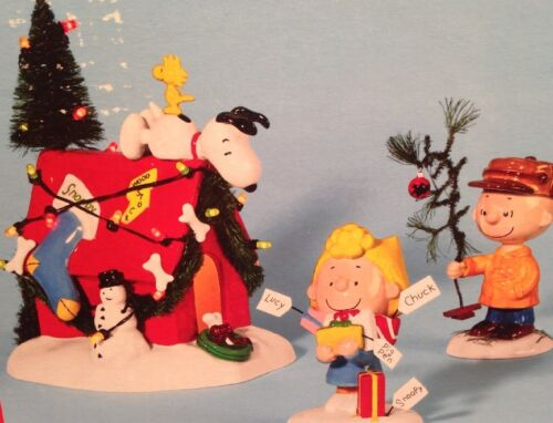 """A Very Snoopy Christmas"" DP 56, Snoopy, Woodstock, Sally, Charlie Brown"