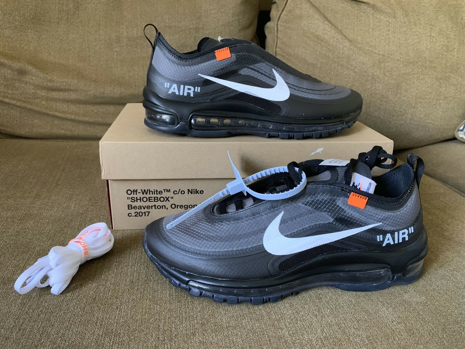 The 10  Nike Air Max 97 SZ 7.5 OG  OFF WHITE AJ4585-001 BLACK CONE-BLACK-WHITE