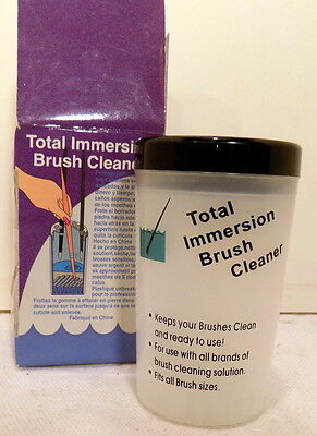 TOTAL IMMERSION BRUSH HOLDER & CLEANER