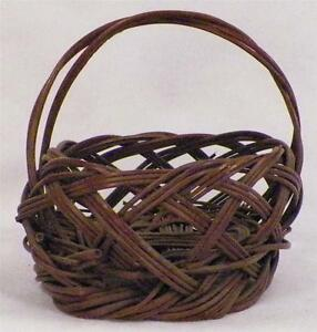 Antique Sewing Yarn Basket Wicker Brown Small Victorian Weave Adorable AS IS