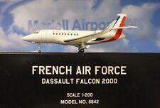 Hogan Wings 1:200 Dassault Falcon 2000 French Air Force + Herpa Wings Katalog