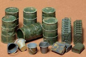 35026-Tamiya-Jerry-Cans-1-35th-Plastic-Kit-Assembly-Kit-1-35-Military