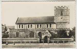 Hampshire-postcard-St-Peters-Church-Petersfield-A203