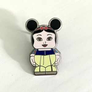 Snow White Vinylmation Junior Series 6 Disney Pin Trading Company 2012