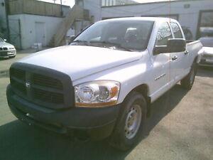 2006 Dodge Ram 1500 4X4 Quad Cab 6.3 Ft Box. NO ACCIDENTS