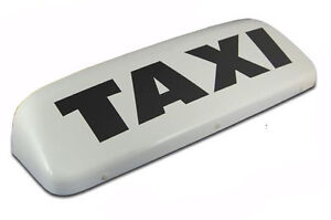 23-5-034-62cm-TAXI-SIGN-LIGHT-WHITE-WITH-LED-LIGHTS-AND-2-MAGNETS-ROOF-SIGN