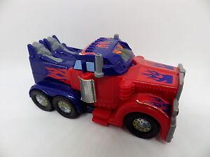 Figurine-Transformers-OPTIMUS-petit-camion-HASBRO-2011-mc-donald-edition-9-cm