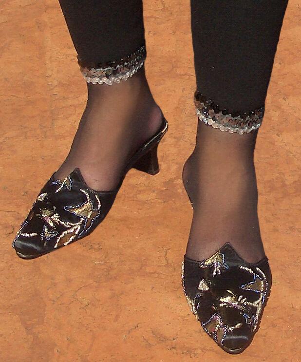 Elegante  Trend Designer Damenpantolett<wbr/>e schwarz Perlenstickere<wbr/>i Gr.38 Babouche