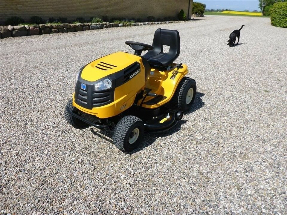 Traktor, Cub Cadet LT3 107cm