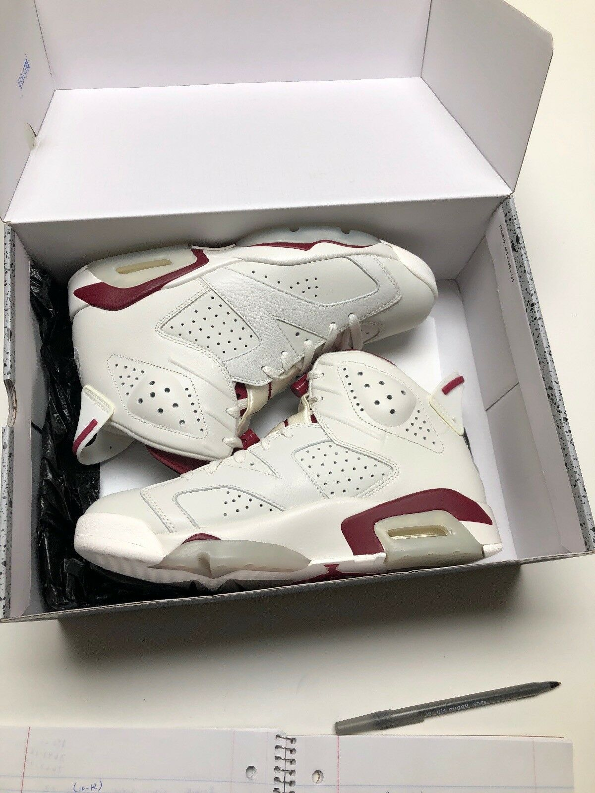 Air Jordan 6 Retro  Maroon  Size 8.5 Ds Qs